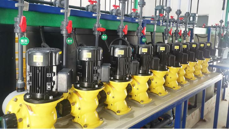 污水处理设备中耐酸碱卧式离心泵启动注意事项