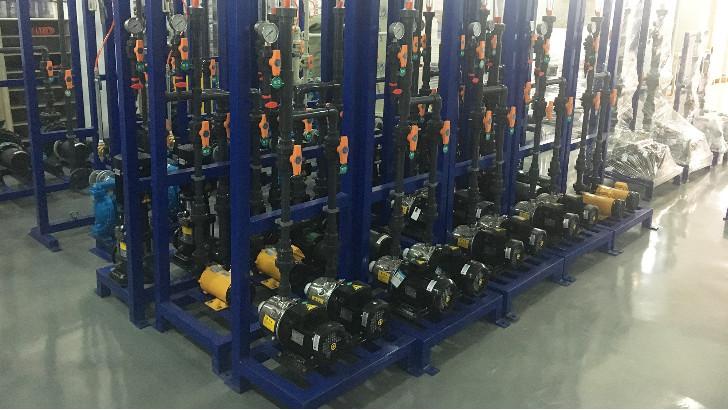 工业废水处理工程中的PE卸料泵