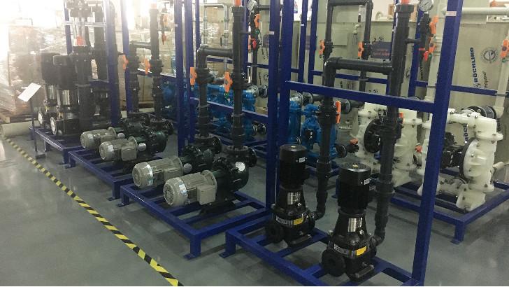 浅析工业废水处理中的耐酸碱塑料自吸泵