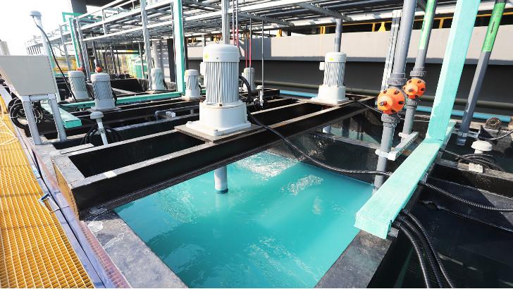 铁炭出水为何要用石灰粉进行中和处理