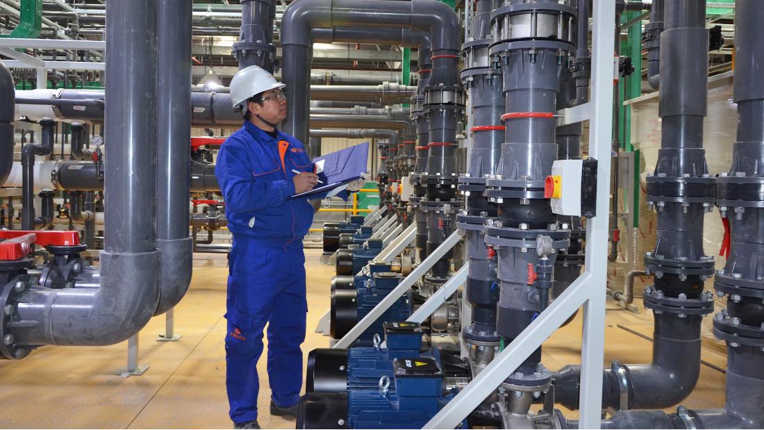 工业废水处理设备中硫酸磁力泵的优势