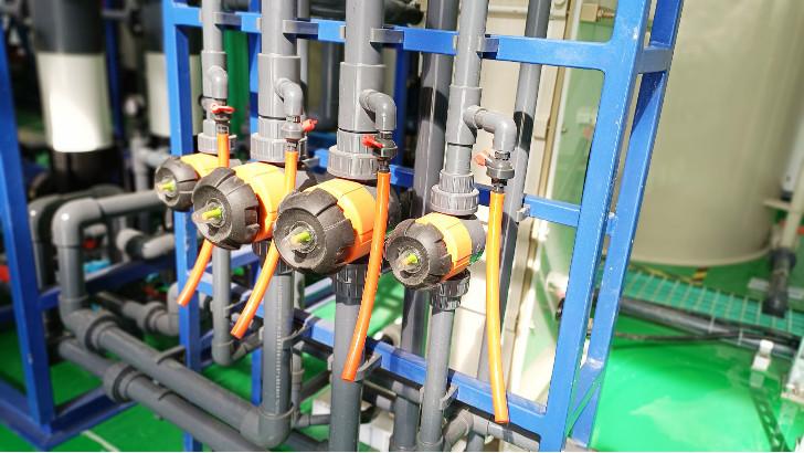 工业废水为什么要用聚铁进行絮凝吸附预处理?