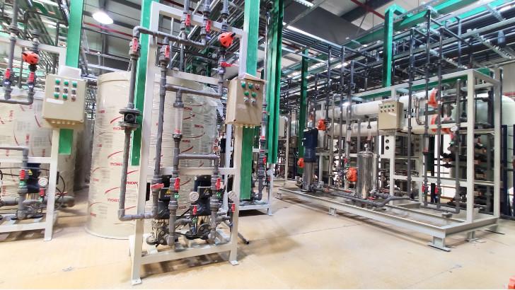 化工废水处理中塑料立式泵特点